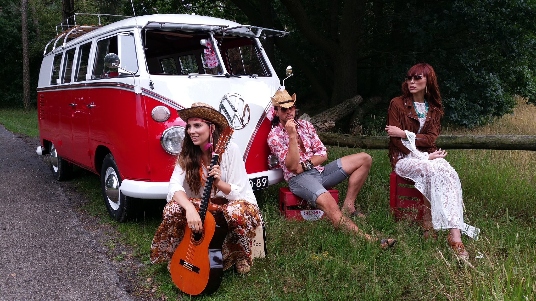 vintage-hippie-party